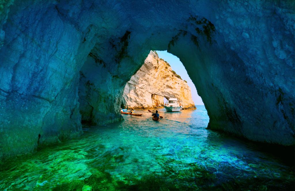 Grotele Albastre Zakynthos Grecia