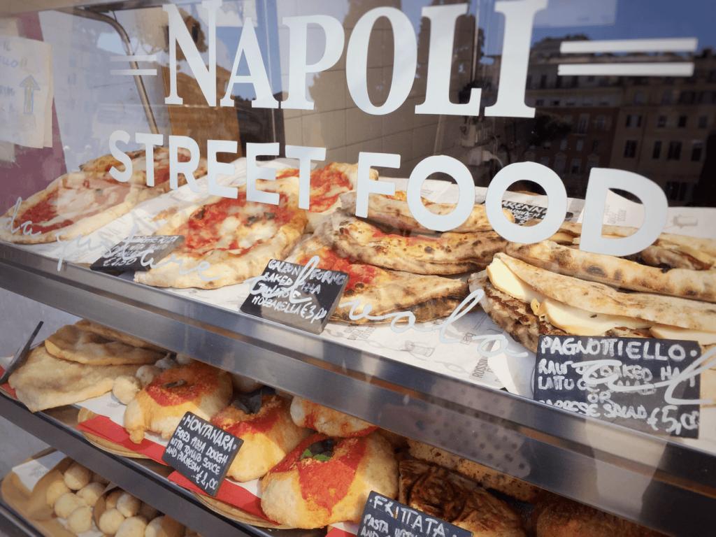 Street Food Napoli Italia